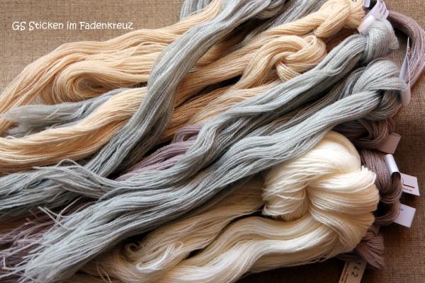 Stickwolle in verschiedenen Farben