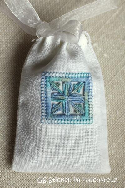 Lavendelsäckchen blau vorne